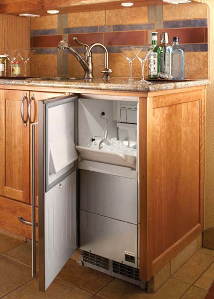15 Signature Series Clear Ice Maker Fully Integrated Door