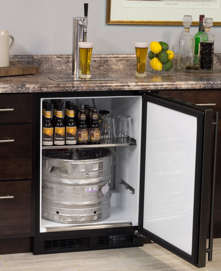Open Box   Built In Kegerator Cabinet With BeverageFactory.com X CLUSIVE  Premium Direct Draw Kit   Black