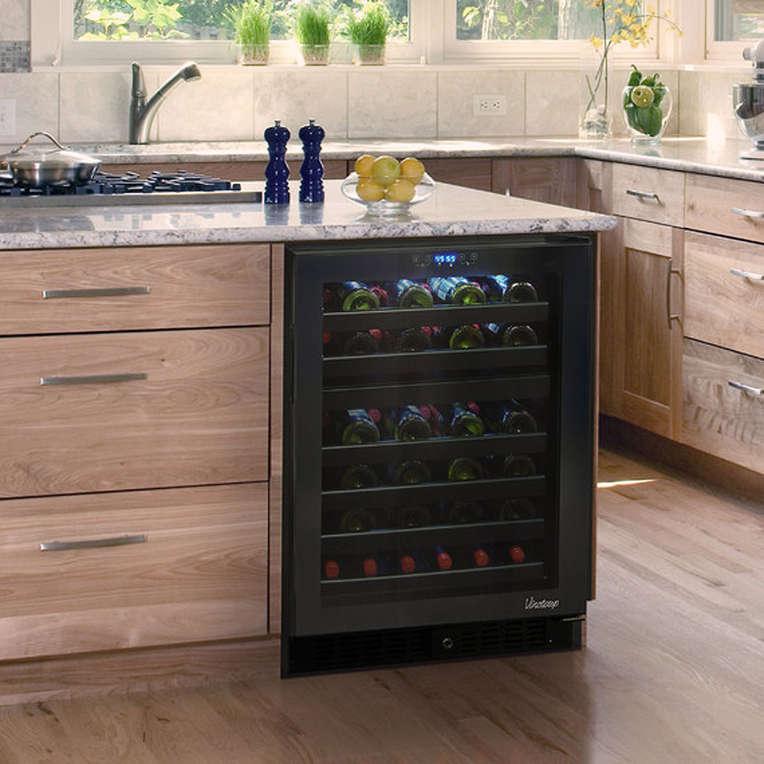 wine cooler kitchen cabinet vinotemp vt 46ts 2z 46 bottle dual zone touch screen 29304