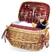 Highlander Bamboo & Rattan Picnic Basket for Four