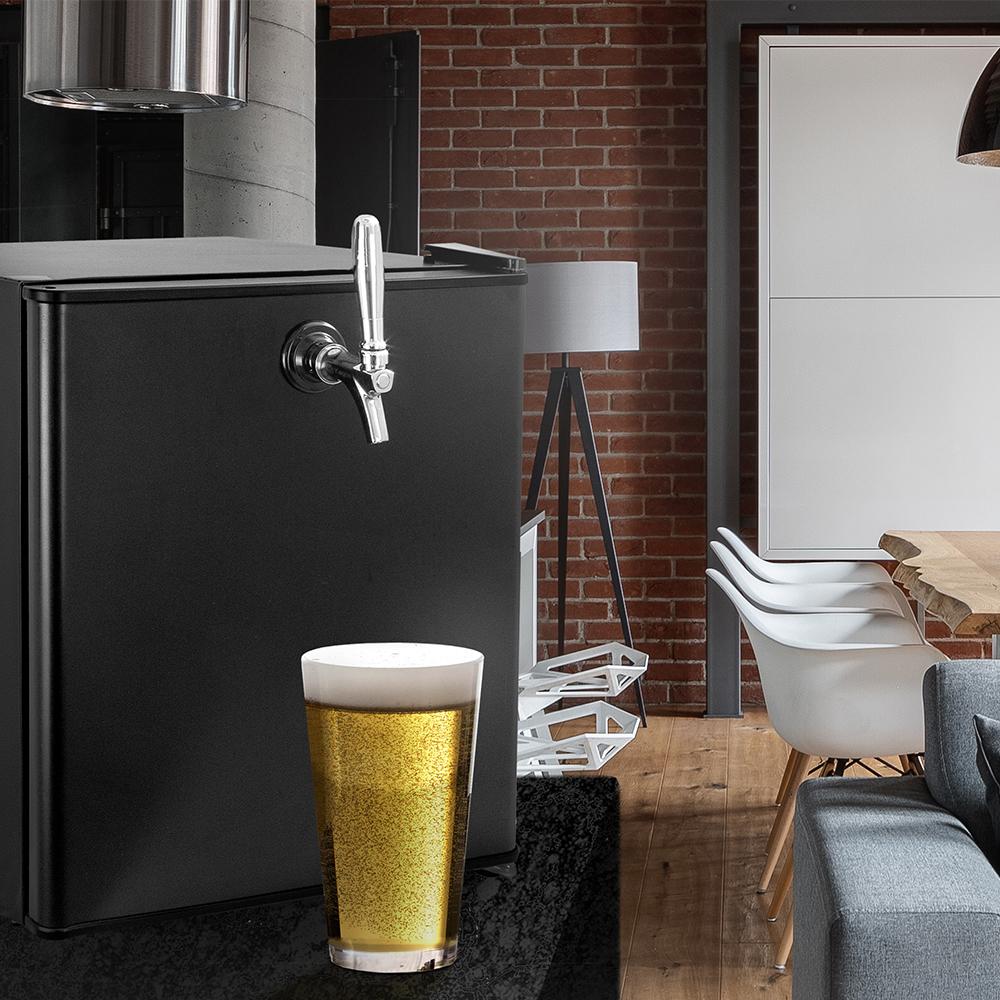 Single faucet keg configuration for kegerators